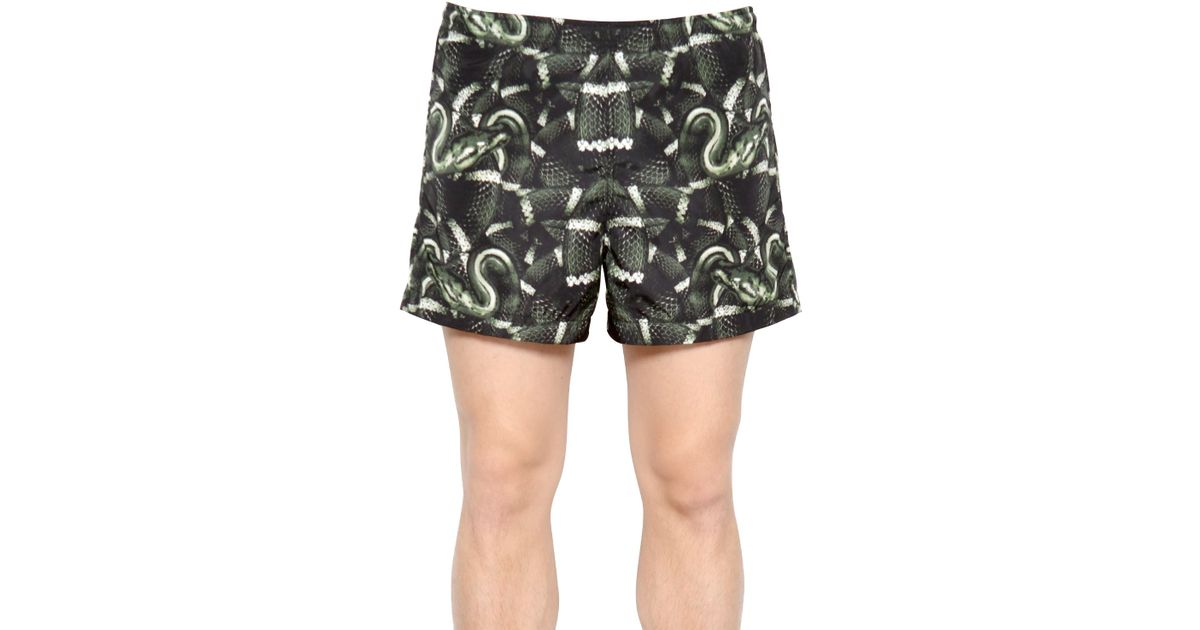 392bc0307b0e4 Marcelo Burlon Snake Swimming Shorts in Green for Men - Lyst