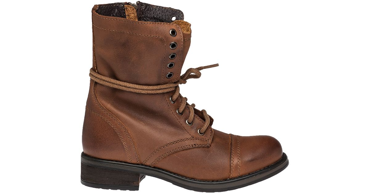 steve madden troopa 2 0 leather combat boots in brown
