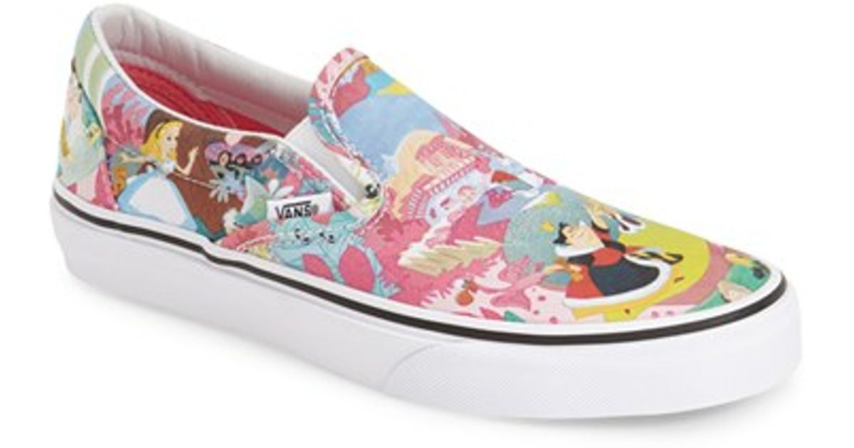 5ba608af8da Lyst - Vans  classic - Disney Alice In Wonderland  Slip-on Sneaker in Gray