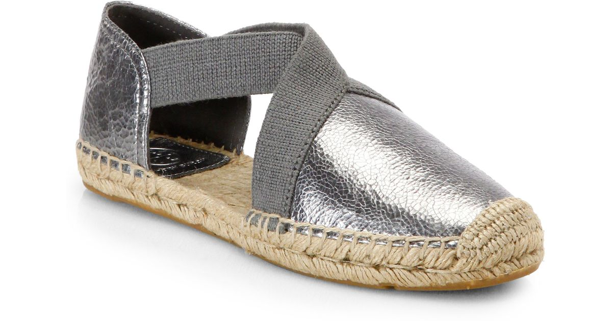 153a1f19aa32 Tory Burch Catalina Metallic Leather Espadrille Flats in Gray - Lyst