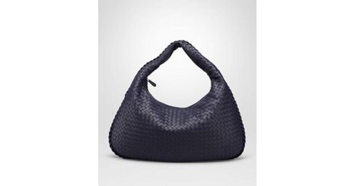 4846006043 Bottega Veneta Large Veneta Bag In Atlantic Intrecciato Nappa in Blue - Lyst