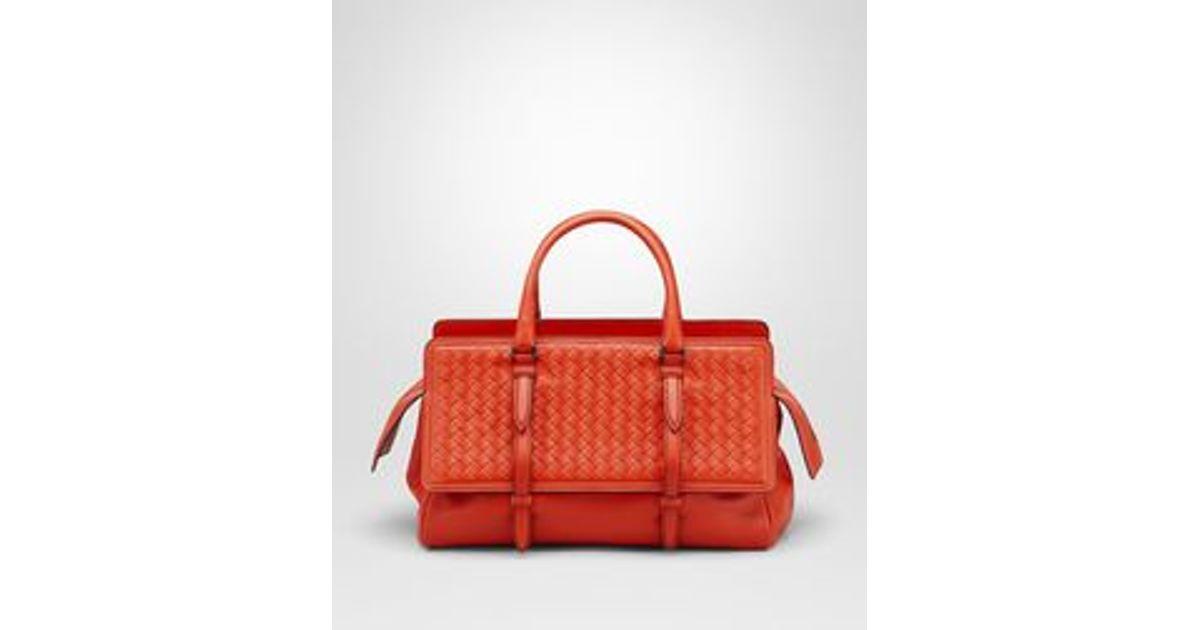 03f16c97e26 Bottega Veneta Medium Monaco Bag In Vesuvio Intrecciato Nappa in Orange -  Lyst