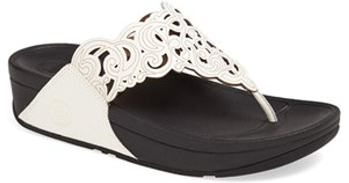 b035721cc81 Lyst - Fitflop  flora  Sandal in White