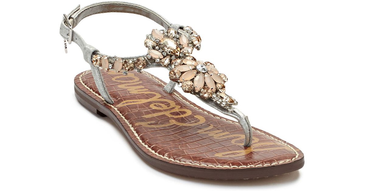 a02c2ea7c92aee Sam Edelman Garen Jeweled Leather T-Strap Sandals in Metallic - Lyst