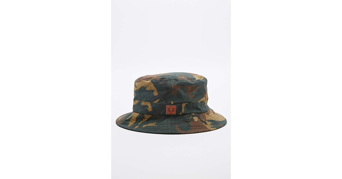 c779b77863e Fred Perry Reversible Bucket Hat In Camo in Gray for Men - Lyst