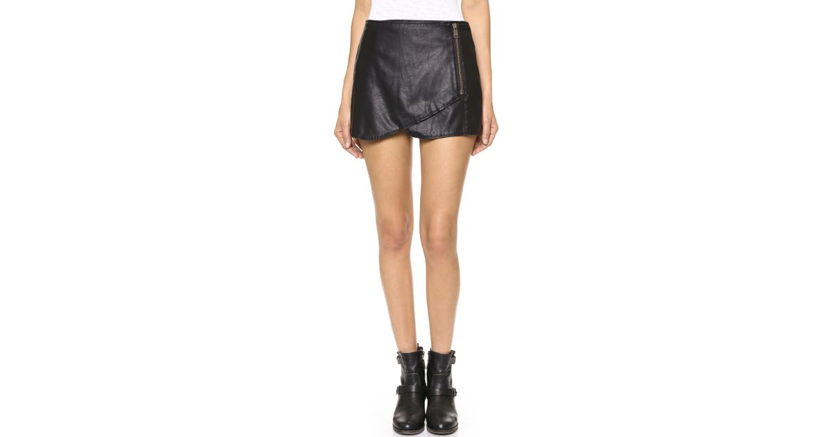b532293c1c Free People Faux Leather Mini Skirt in Black - Lyst