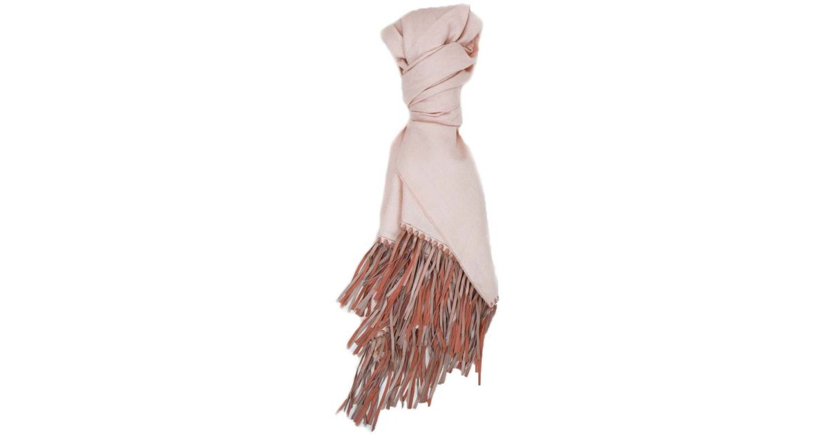 A peace treaty scarf celebrity