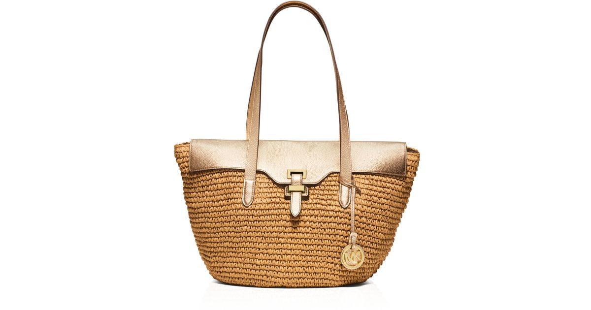 Saks Online Store - Shop Designer Shoes, Designer Handbags, Women's, Men's and Kids Apparel, Home and Gifts. Find Gucci, Prada, Juicy Couture, Christian Louboutin, Jimmy Choo, Burberry, and more at jedemipan.tk