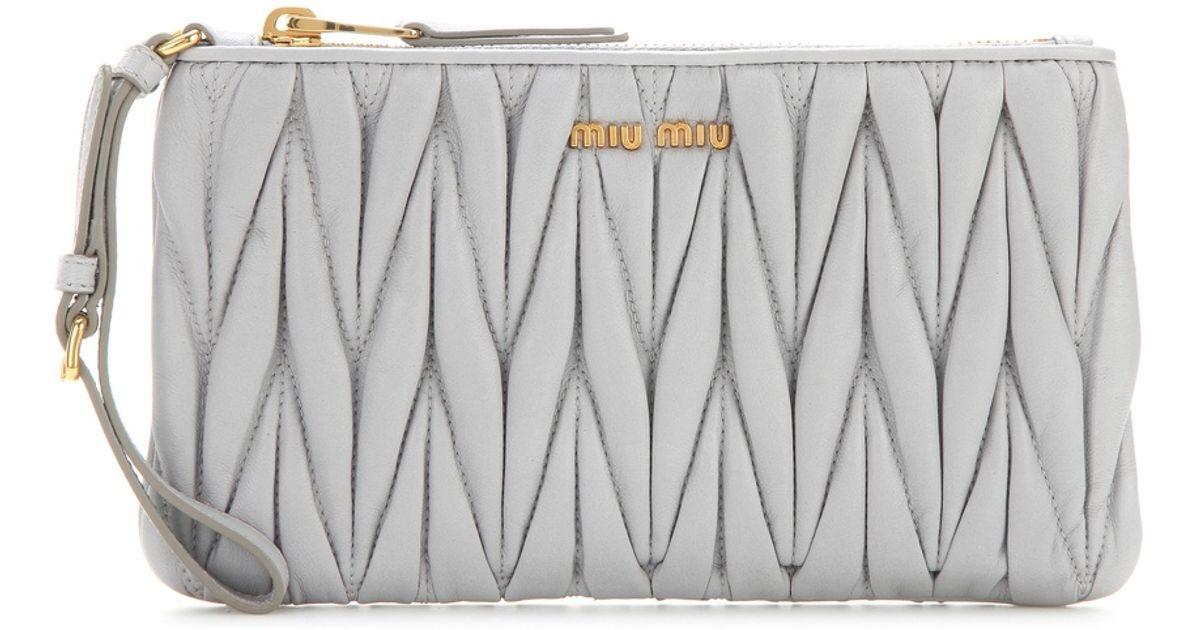 ... buy best b947e fdb81 Miu Miu Matelassé Leather Clutch in Gray - Lyst ... ef7e497b9a