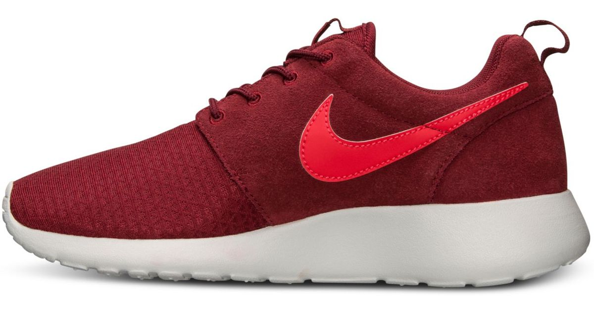 6158ea60b2be Lyst - Nike Womens Roshe Run Winter Casual Sneakers From Finish Line in Red