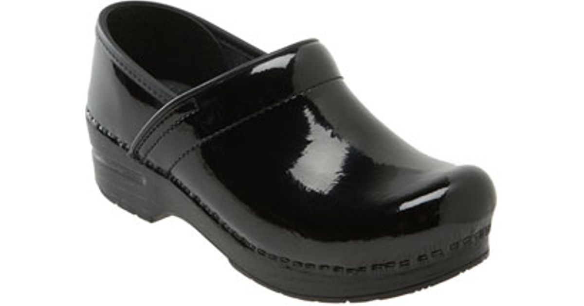 Dansko Women S Wide With Medical Shoes