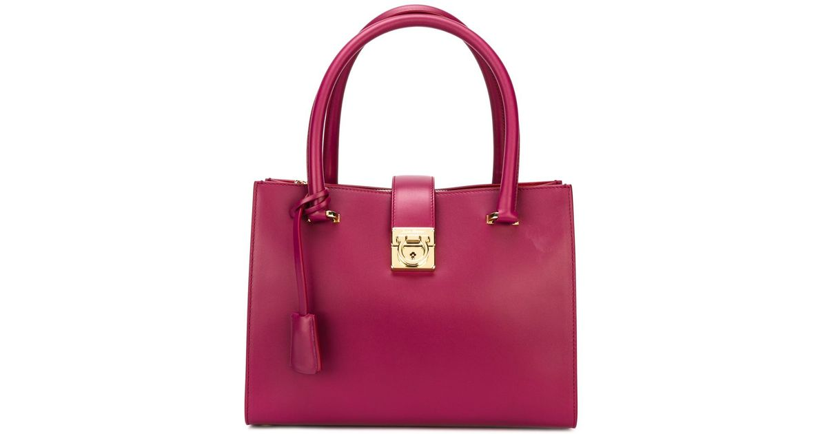2756c2a7200d Lyst - Ferragamo  juliette  Tote in Red