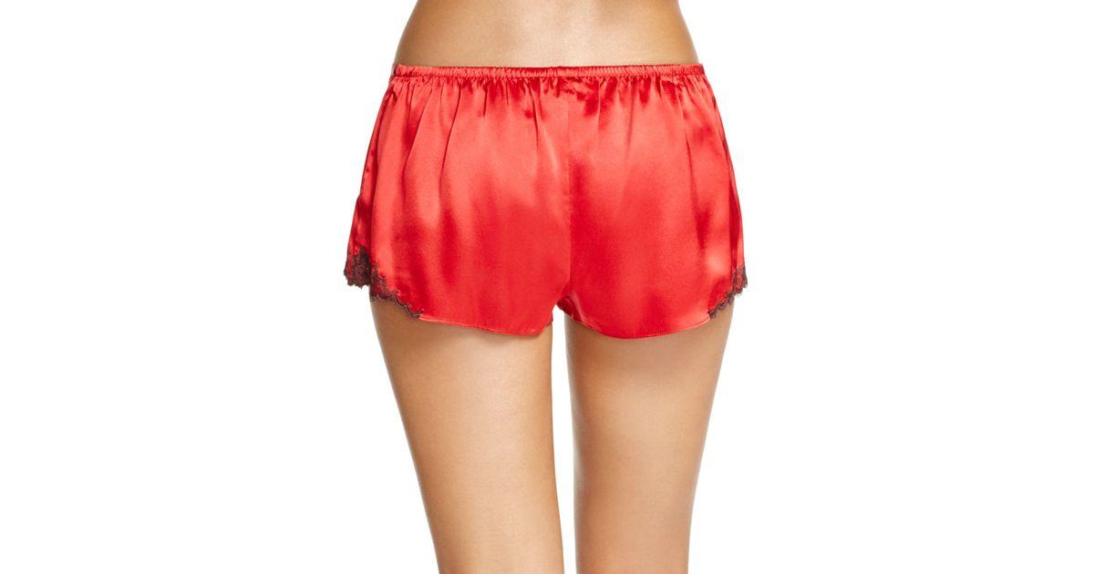 Natori Josie Lace Trim Silk Shorts in Red | Lyst
