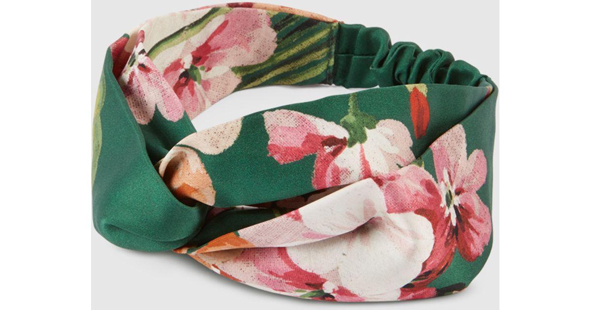 5bed78ffc5c Lyst - Gucci Blooms Print Silk Headband in Green