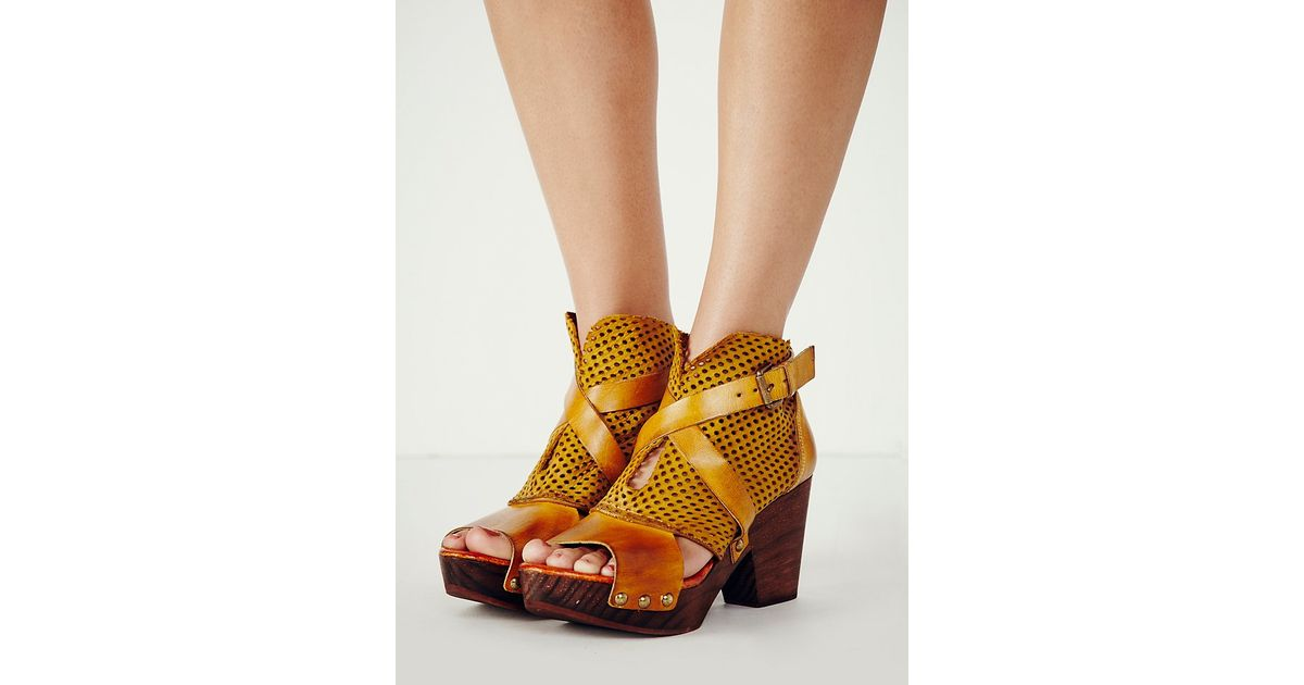 d765308691 Lyst - Free People Womens Rendering Clog in Yellow