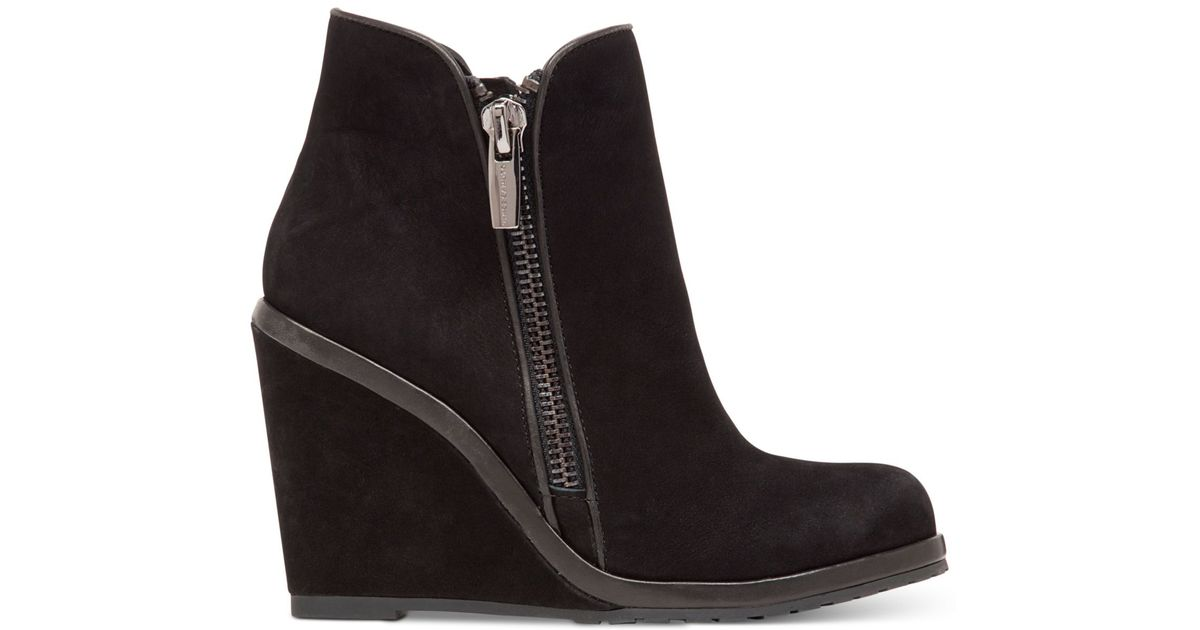 e4a82ca0958a Lyst - Vince Camuto Jeffers Booties in Black