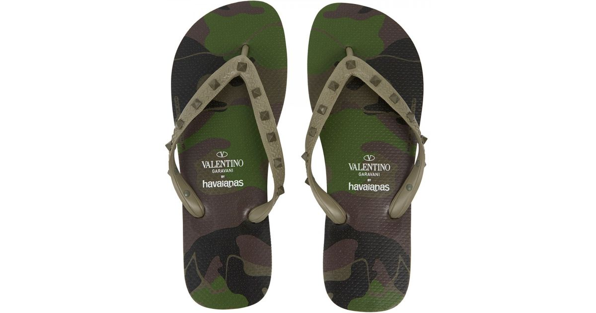 9bb931912d54 Valentino X Haviannas Camouflage Print Flip Flops in Green for Men - Lyst