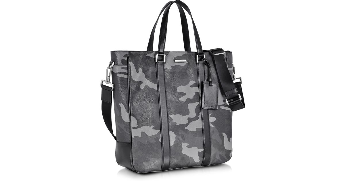 85e3dcb5bea4 Michael Kors Large Jet Set Men'S Camo Eco Leather Tote in Gray for Men -  Lyst