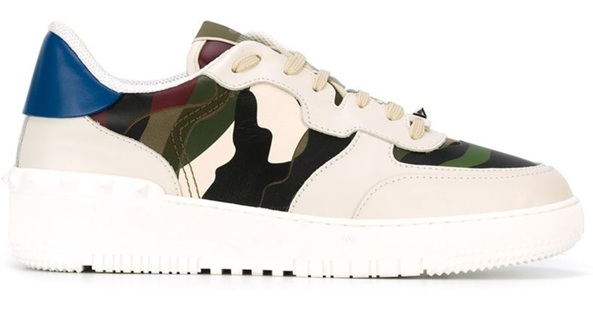 e765be9b8f0db Valentino Rockstud Camouflage Sneakers in Green for Men - Lyst