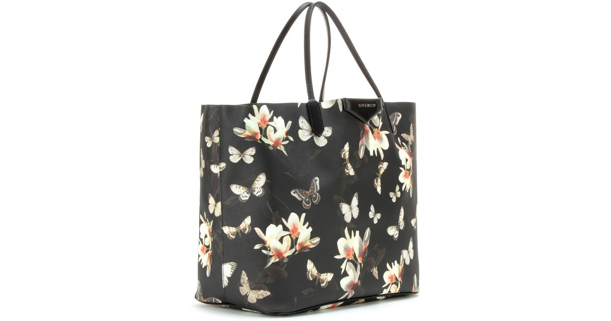 336ea5f407 Lyst - Givenchy Magnolia Tote in Black