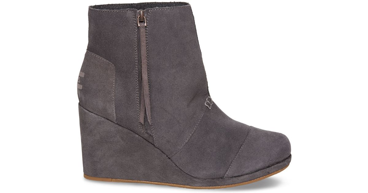 9ca2f126189 Lyst - TOMS Dark Grey Suede Women s Desert Wedge Highs in Gray