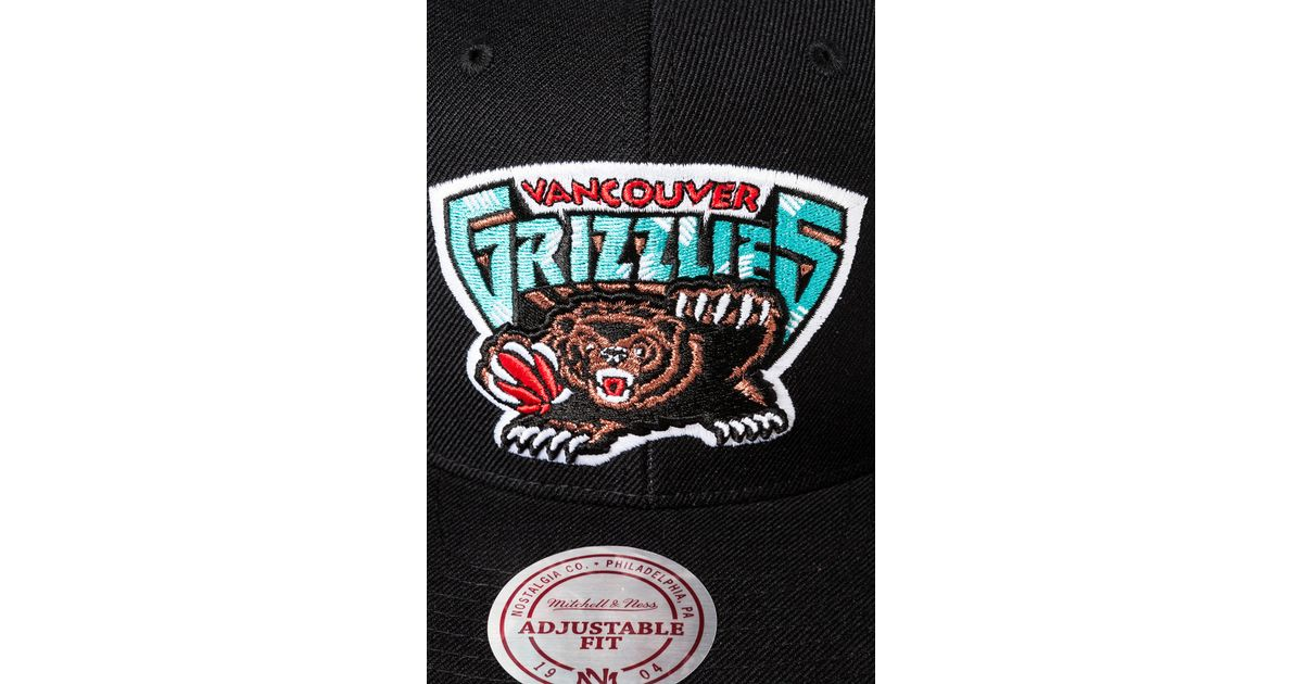 24d36991a39 Lyst - Mitchell   Ness The Vancouver Grizzlies Hwc Wool Solid Snapback Hat  in Black for Men