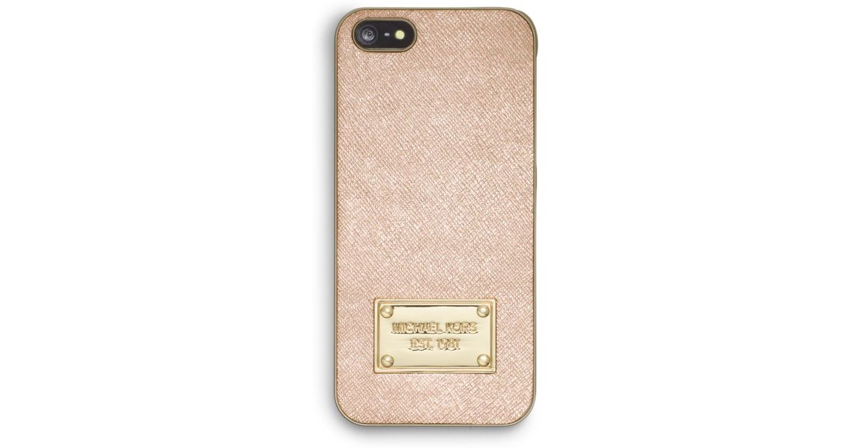 8678ccef4cf9 Michael Kors Metallic Saffiano Leather Phone Case For Iphone 5 in Metallic  - Lyst