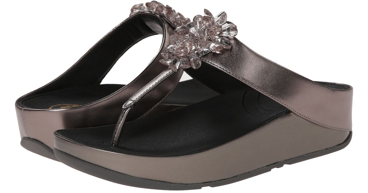 c4689a07b3e Lyst - Fitflop Blossom in Metallic