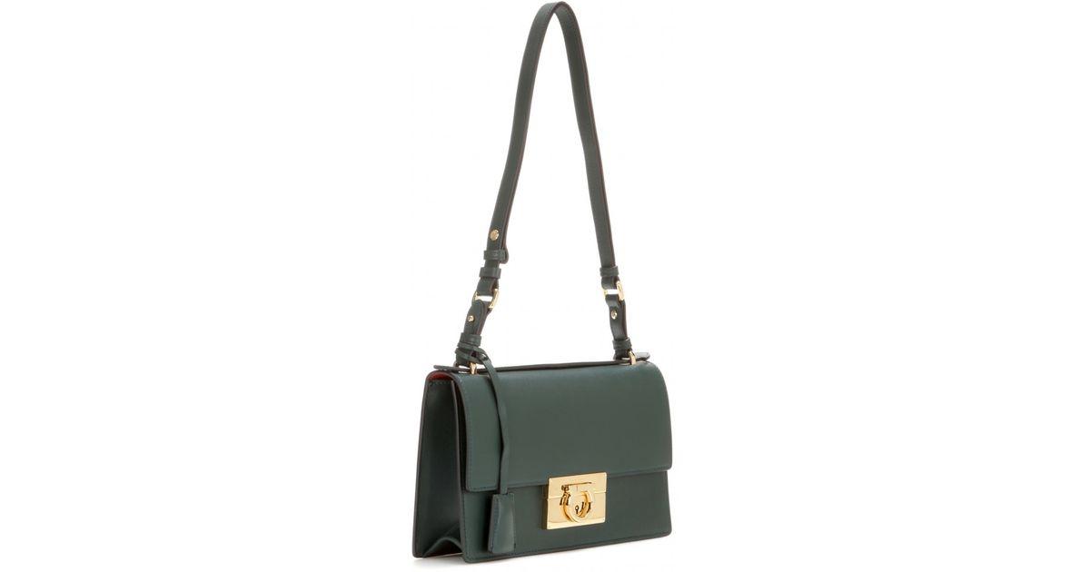 Ferragamo Aileen Medium Leather Shoulder Bag in Green - Lyst b23a6febead21