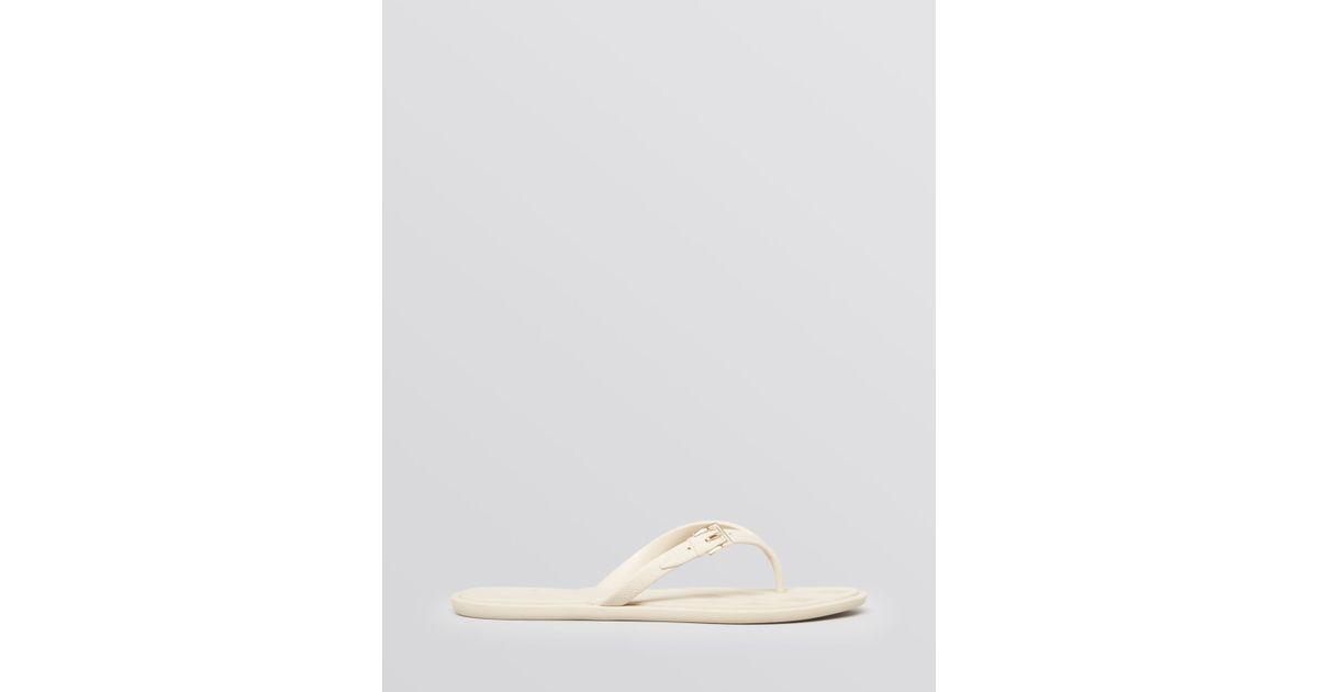 82c48279234c50 Lyst - Burberry Jelly Thong Flip Flop Sandals Wallford Flat in Natural