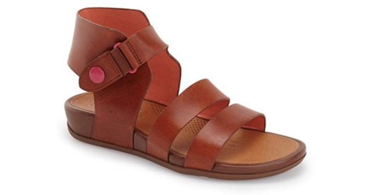 fad2967fbffb Lyst - Fitflop Gladdie Gladiator Sandals in Brown