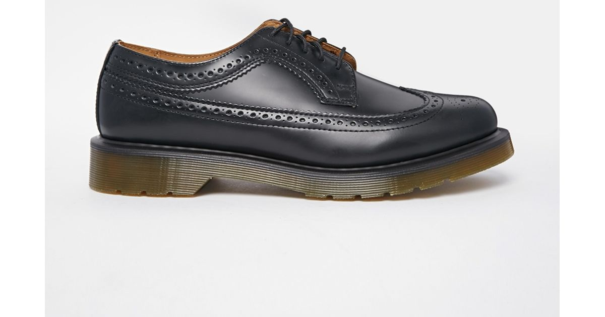 d1fe93627a Dr. Martens 3989 Wingtip Brogues in Black for Men - Lyst