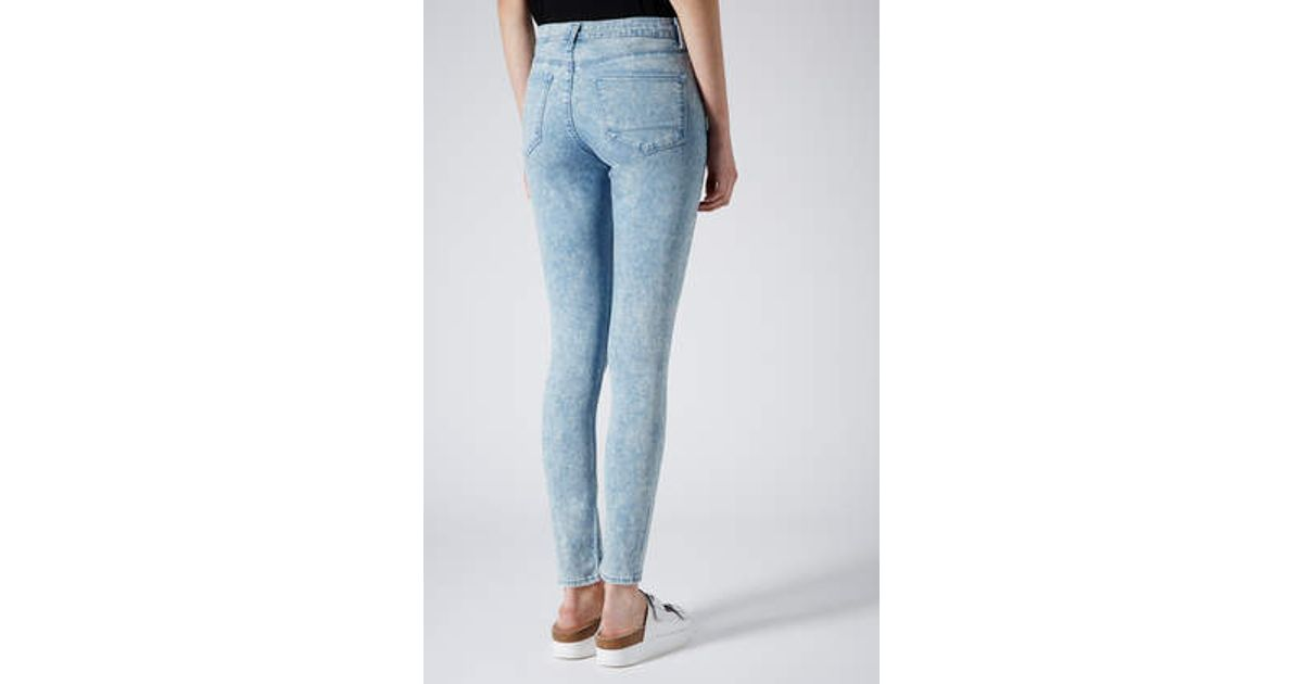 65cbf25973243 Topshop Moto Ripped Baby Blue Leigh Jeans in Blue - Lyst