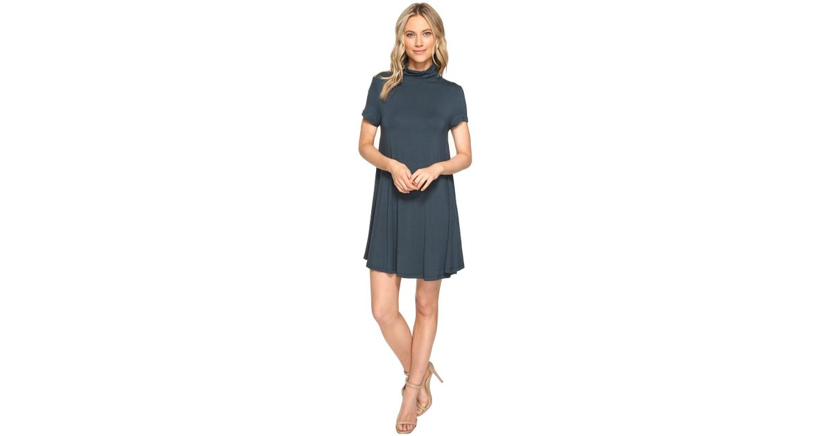 Short Sleeve Turtleneck Dress