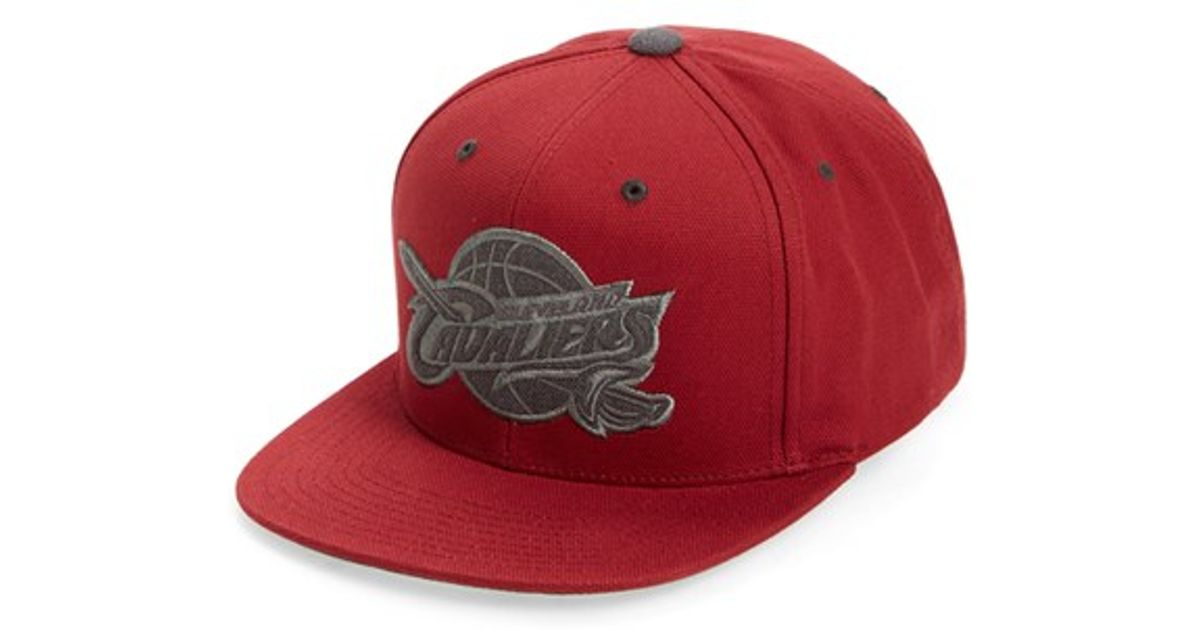 7f1104b1059 Lyst - Mitchell   Ness  cleveland Cavaliers  Team Logo Snapback Cap in Red  for Men