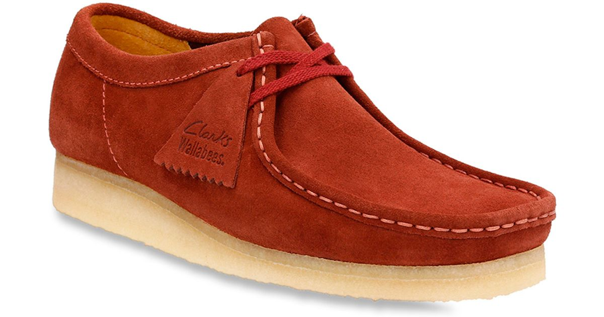 new style cd85b 4937b Clarks Wallabee Suede Chukka Boots in Red for Men - Lyst