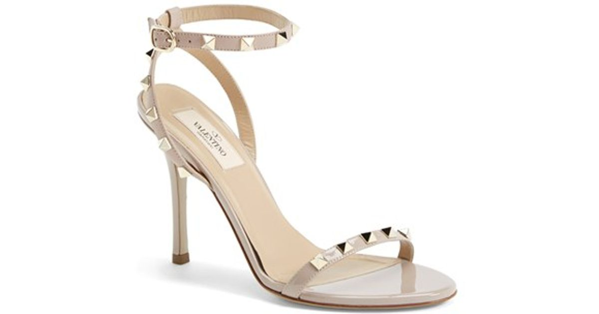 Valentino Women's Rockstud Ankle Strap Sandal zMIk9Ow