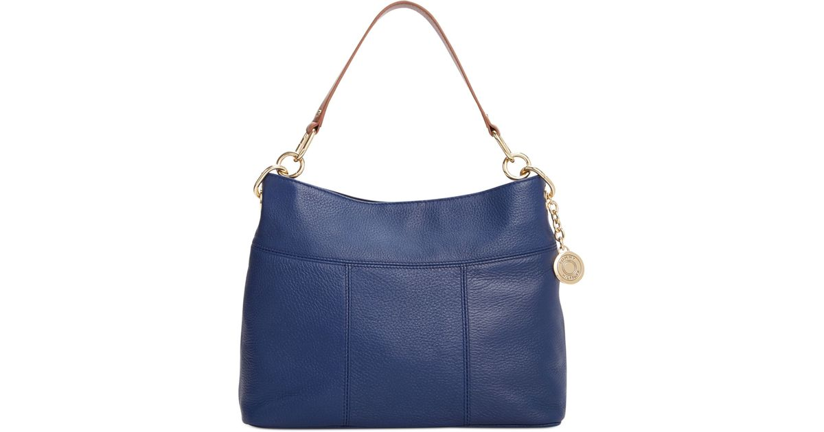 9b8bdb78a8d9f Tommy Hilfiger - Blue Th Signature Leather Small Hobo - Lyst