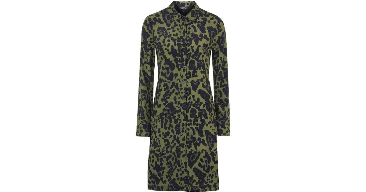 5273283c7e44 TOPSHOP Petite Leopard Shirt Dress in Green - Lyst