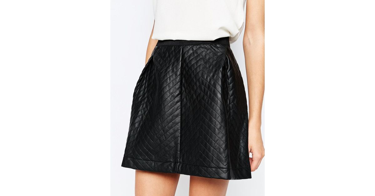 y a s ulli quilted faux leather skirt in black