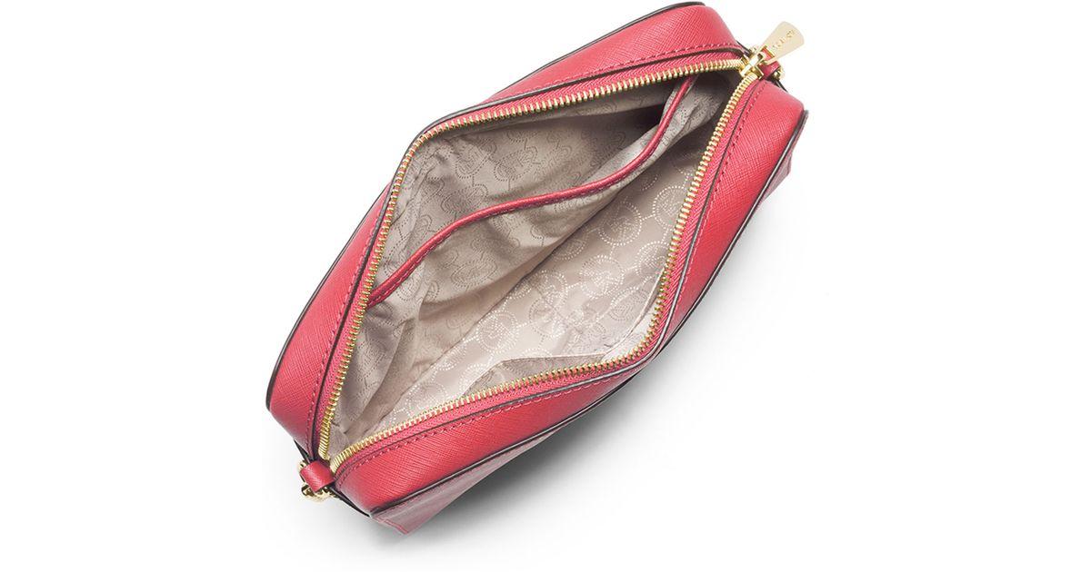 fb1791106da1 Lyst - MICHAEL Michael Kors Jet Set Travel Large Saffiano Crossbody Bag in  Red
