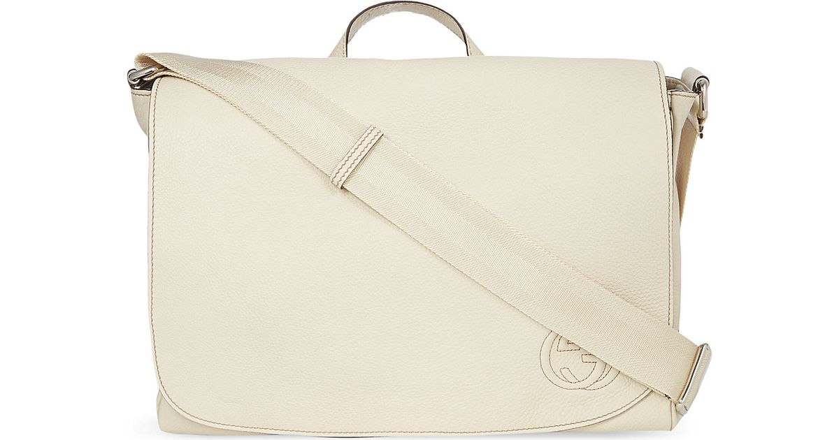 825f6e66c Gucci Leather Changing Bag in Natural - Lyst