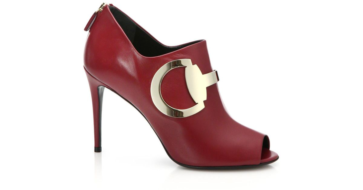 99344fe26 Lyst - Gucci Rooney Leather Horsebit Peep-toe Booties in Red