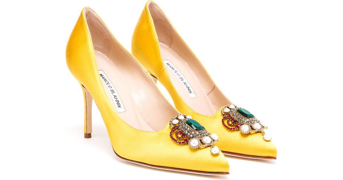 ba21b6cd4e1 ... inexpensive lyst manolo blahnik eufrasia high heeled satin pumps in  yellow 8f556 dea21