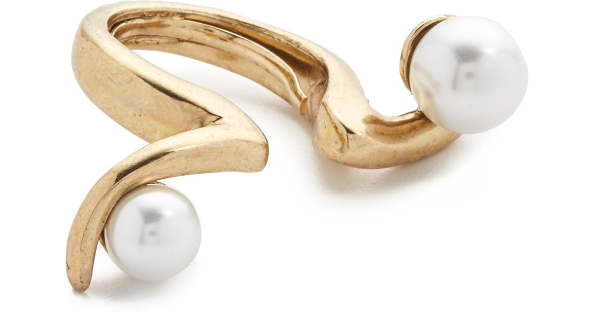 in renta la pearl imitation ring swirl gold product de metallic oscar lyst rings jewelry normal light sea