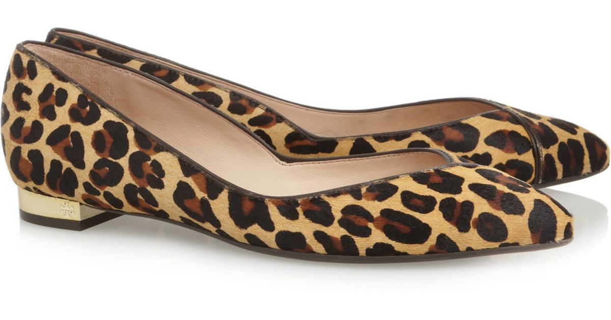 b463b9301619 Lyst - Tory Burch Nicki Leopard-Print Calf Hair Point-Toe Flats