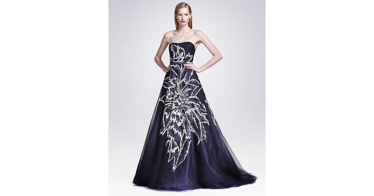 Lyst Carolina Herrera Strapless Floral Embroidered Tulle Ball Gown