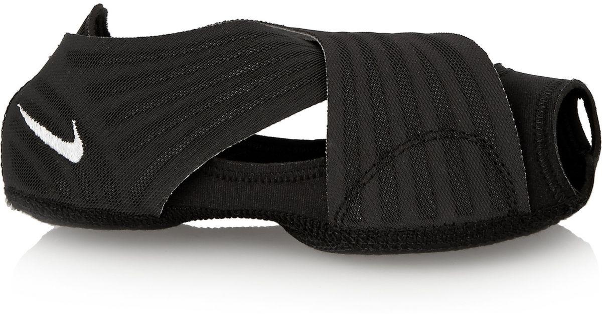 Nike Studio Wrap Elastic Yoga Shoes in Black - Lyst a2cc7e69a