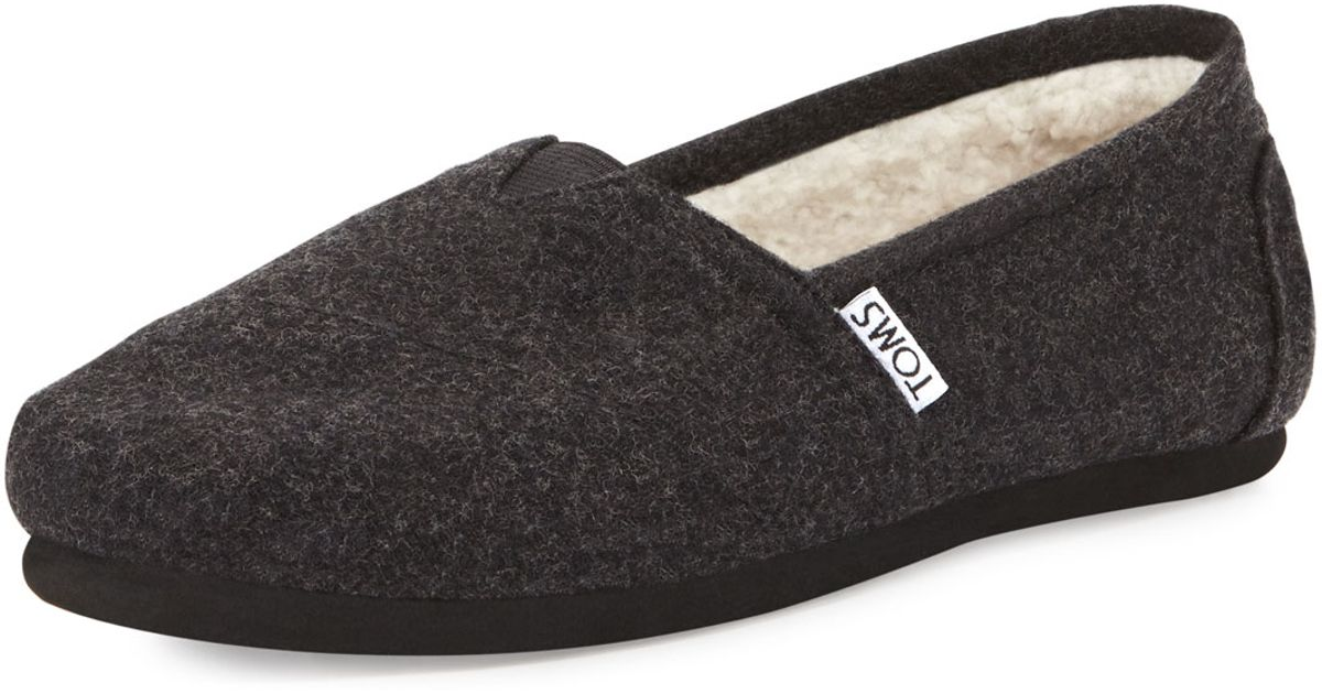 a7b1f84e544 Lyst - TOMS Classic Wooly Fleece-lined Slip-on in Black