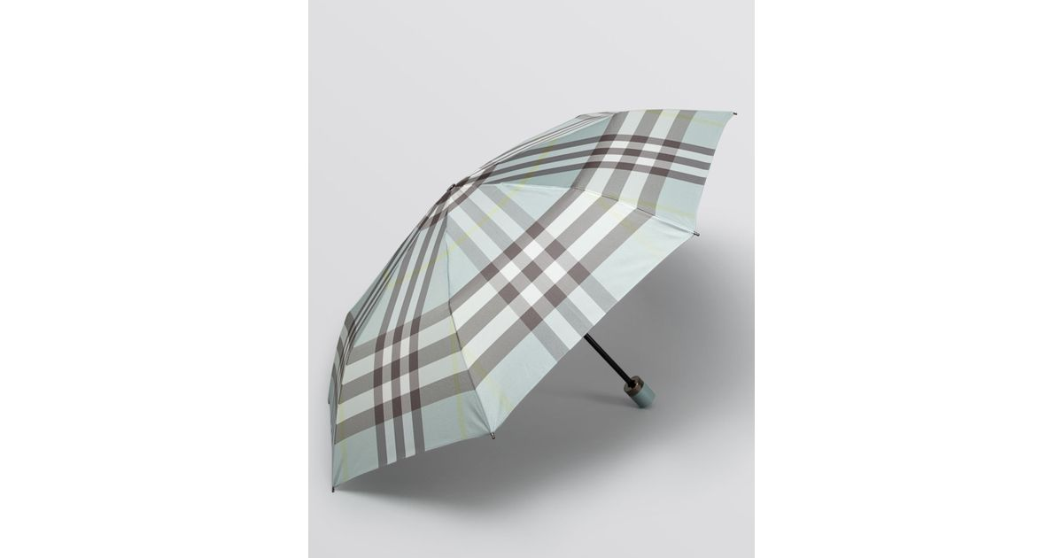 f39ee021345 Lyst - Burberry Trafalgar Packable Check Umbrella in Green
